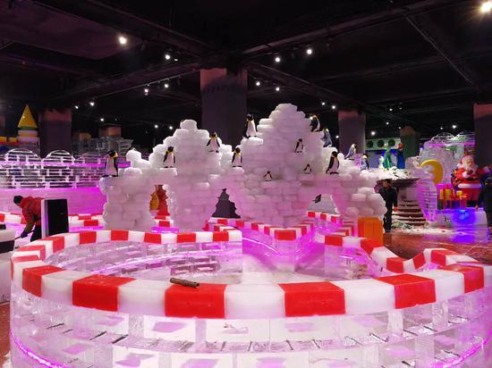 夏天里的冰雪大世界 郑州冰雪城堡酷爽来袭