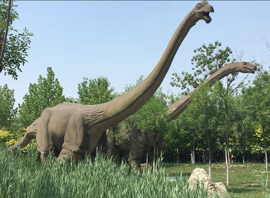 一下回到史前世界的恐龙园
