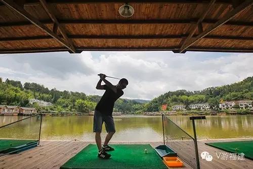金湖湾度假山庄水上高尔夫练习场