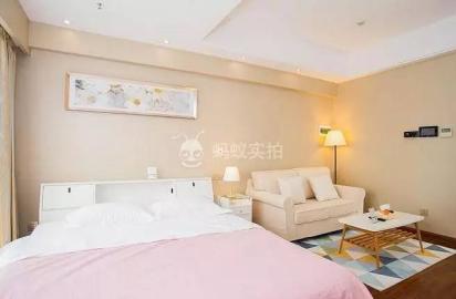 长沙时尚简约公寓  228元/晚 可住2人