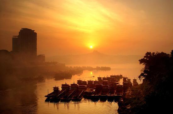 三江交汇的合川