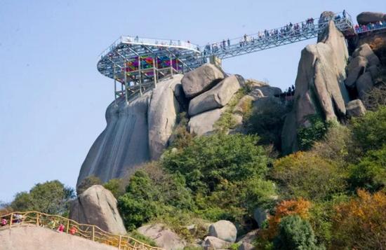巨石山最强体验 520云上玻璃观景台
