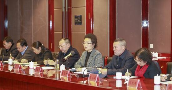 (湘西州委副书记、州长龙晓华讲话)