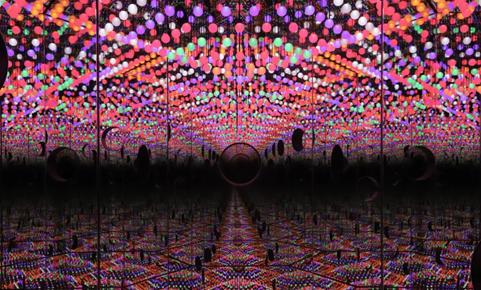 《Life Shines On》(2019),草间弥生,作品由艺术家和大田秀则画廊提供