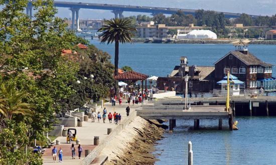 俯瞰海港村,图片版权:圣地亚哥旅游局