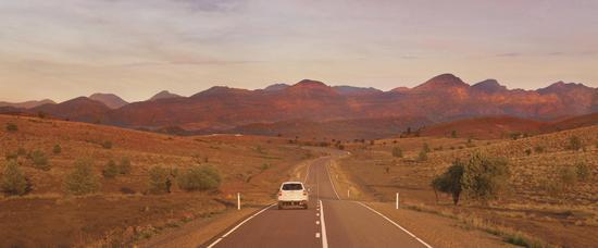 南<a href='http://travel.sina.com.cn/aodaliya-lvyou/?from=b-keyword' target='_blank'><em>澳大利亚</em></a>州-弗林德斯山脉及内陆探索者之路自驾