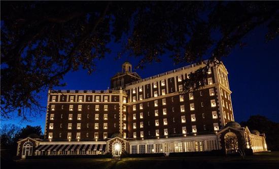弗吉尼亚海滨市的The Cavalier 酒店