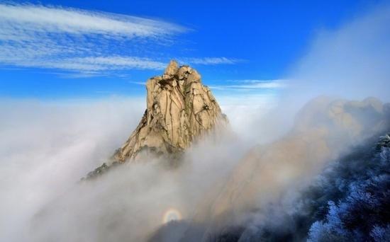 九华山风景区从12月19日零时至12月28日24时,对安徽省内人民警察全