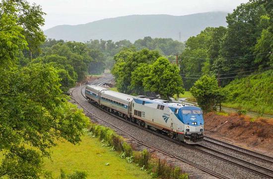 Amtrak 列车新增蓝岭山脉罗诺克山谷站点