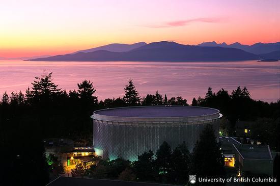 不列颠哥伦比亚大学:夕阳余辉