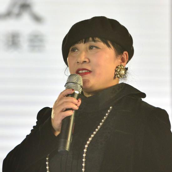 著名作家吴景娅