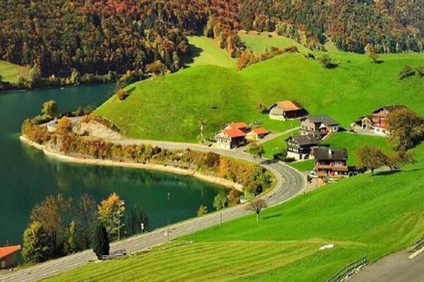 瑞士大自然的那片绿