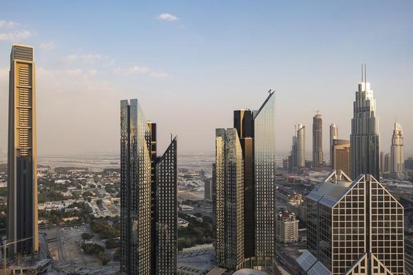 迪拜,这座纸醉金迷且闻名世界的城市