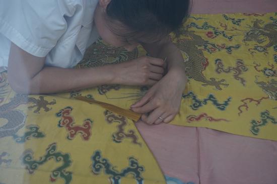 纺织品修复部