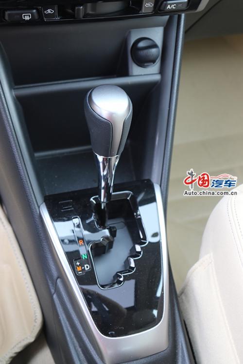动力平顺油耗理想 中国网试驾广汽丰田YARiS L致享