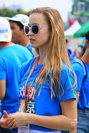 12国美少女齐聚北京