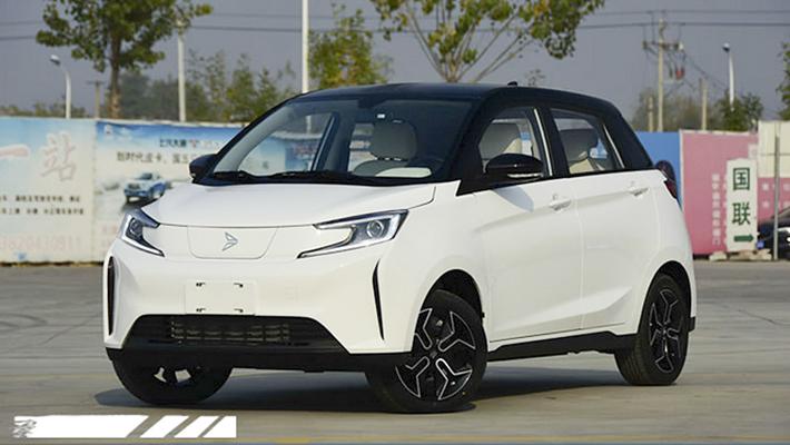 六万元国产电车续航超宝马i3 新特DEV 1实拍