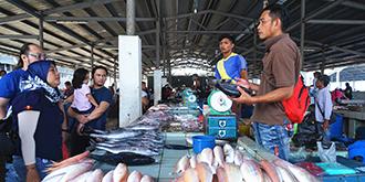马来西亚必去的海鲜市场