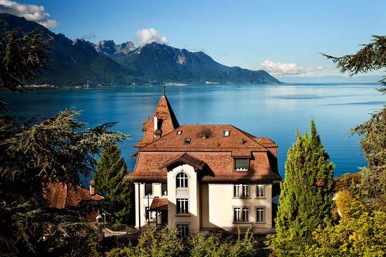 瑞士著名整形美容机构LACLINIC MONTREUX