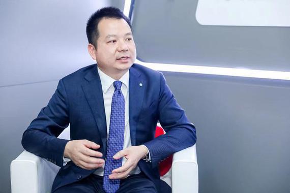 钟伟:EMA架构下未来每年推出一款新产品