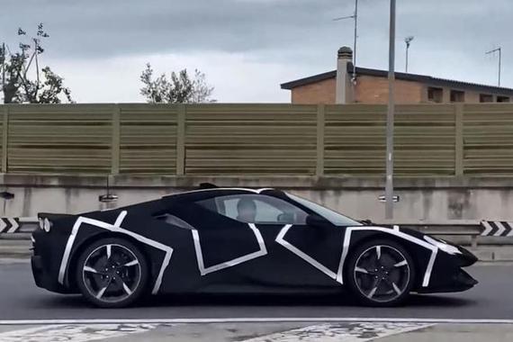 家族设计加持 法拉利最新V6混动超级跑车谍照曝光