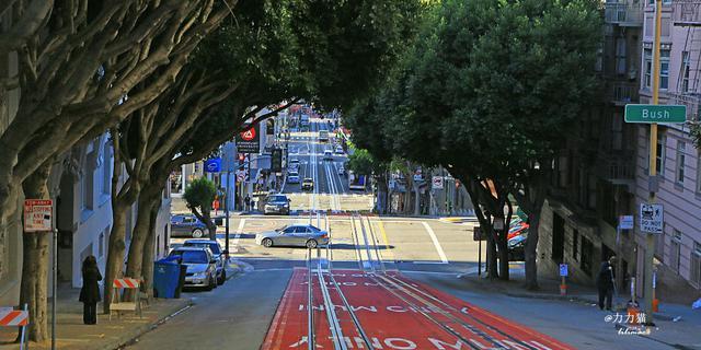 世界上最陡峭最弯曲的街道