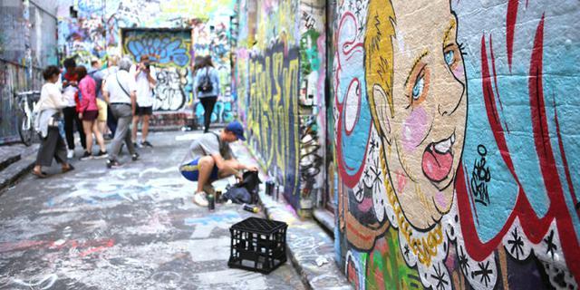 墨尔本个性张扬的涂鸦街