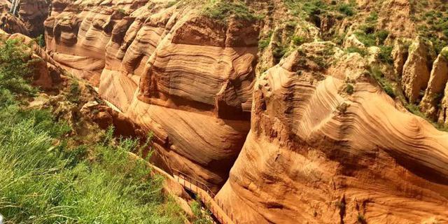 陕西榆林壮观的丹霞地貌