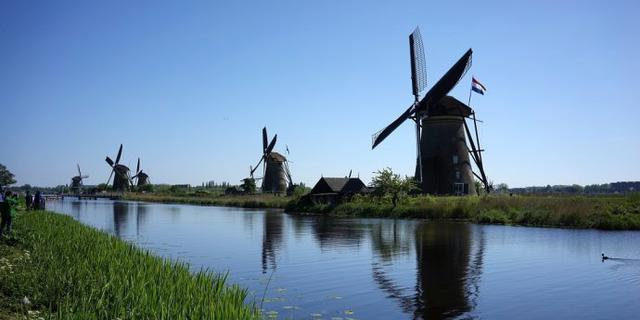 荷兰最大的风车群