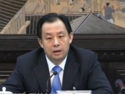 记者提问黑龙江省长:问题比较难请您先笑一笑
