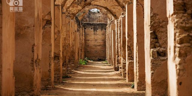 摩洛哥神秘皇都里的巨大马厩