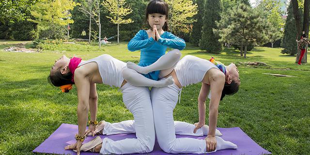 世界瑜伽日练最柔美瑜伽