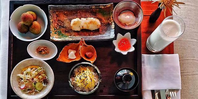 在杭州最顶级的酒店里吃美食