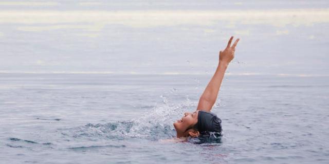 在北极游个泳