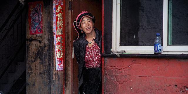 亚丁藏家的真实生活