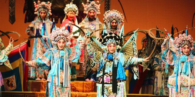 国粹京剧在圣彼得堡大受欢迎