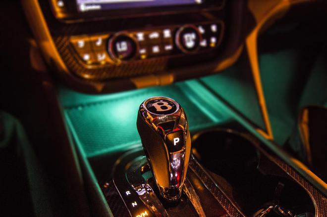 车影志:真正的奢华是一种心境 添越Bentayga V8