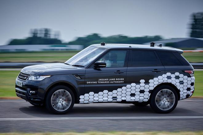捷豹路虎称其自动驾驶系统可将晕车感降低60%