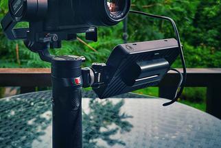 百视悦摄影监视器R5