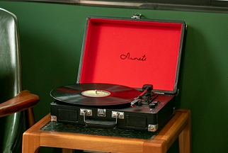 AUNETS手提箱式黑膠唱片機