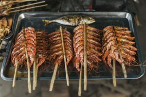 烧烤会让食物蛋白质变性 看完你还玩命吃吗?