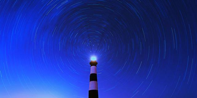 星光轨迹中的灯塔