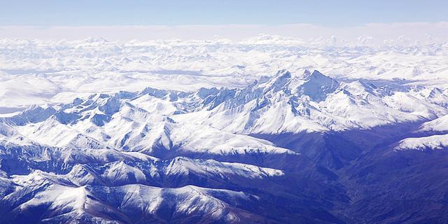 空中俯瞰青藏高原