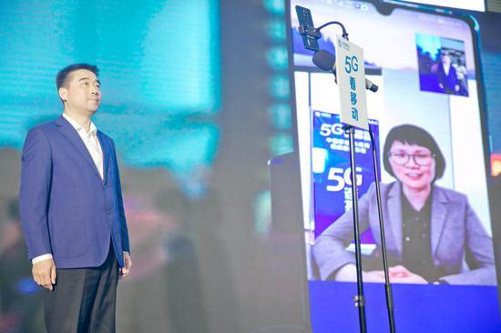 苏南硕放国际机场朱永健总裁通过5G网络成功连线高亚光副市长