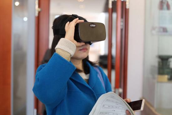 这场5G+VR直播的公开课太酷了!——无锡移动助力第一中学圆满