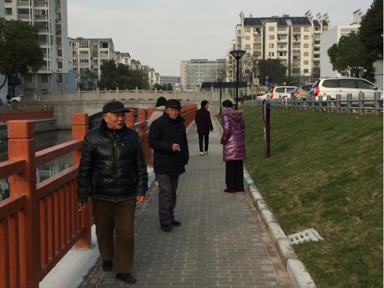 梅荆三社区新建的健康步道