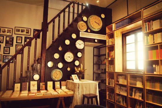 行走书店要关张 钟立风将送给读者一场关张演出