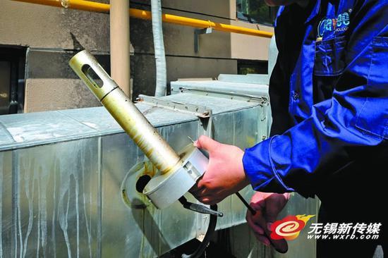 电子哨兵监测油烟排放 居民可实时查看排放数