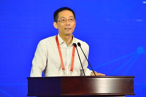 中国科学院院士、清华大学副校长施一公发表主题演讲