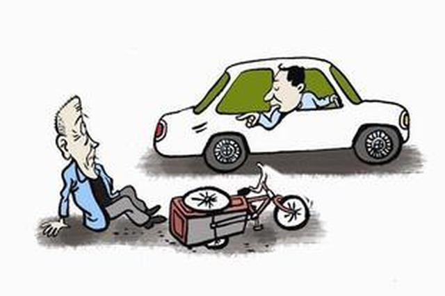 两男子早高峰碰瓷频得手终被一警惕车主识破